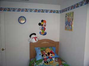 Disney Bedroom with 2 single beds